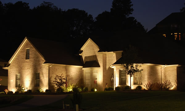 Beautiful Landscape And Outdoor Lighting Installer In Toronto.